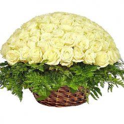 Корзина белых роз 101 цветов