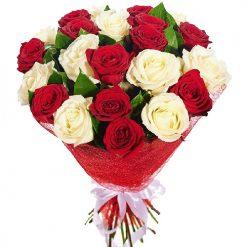 21 красная и белая роза фото букета