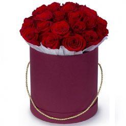 Шляпная коробка 21 роза букет